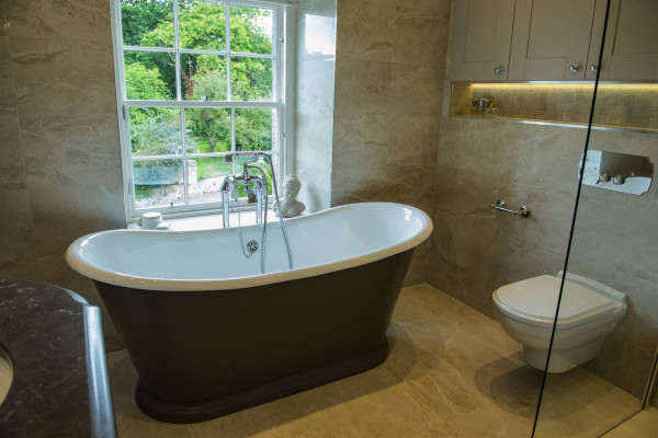Classic Bathroom - Portfolio